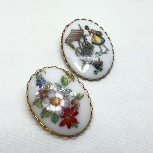 🆕Vintage Printed Porcelain Pins